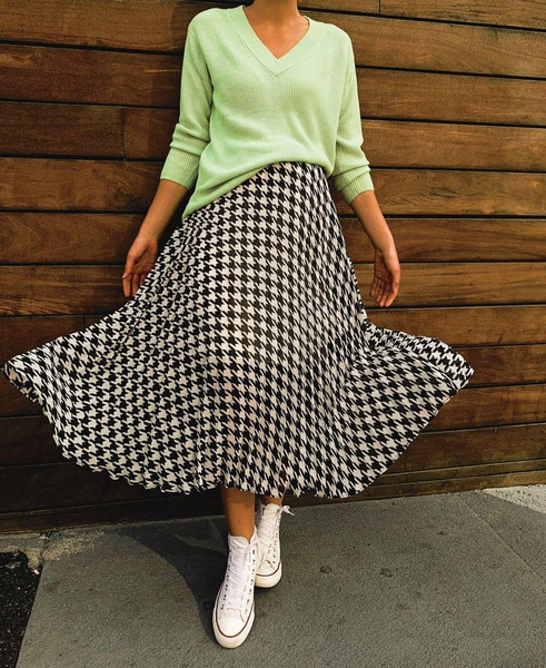 shoes skirt sweater