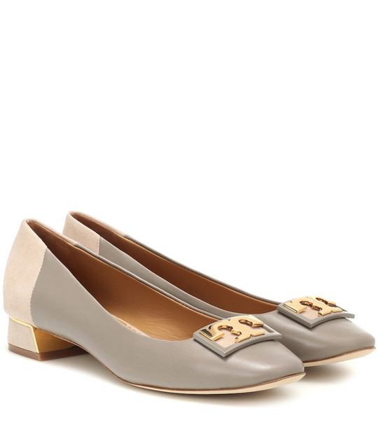 Tory Burch Gigi leather and suede pumps in grey