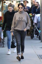 sweater,selena gomez,streetstyle,turtleneck,jeans,grey,grey jeans