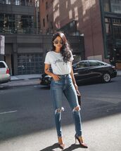 jeans,ripped jeans,skinny jeans,pumps,white t-shirt