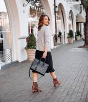 dress,black dress,midi dress,leopard print,ankle boots,heel boots,grey sweater,black bag,shoulder bag