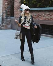 bag,gucci bag,shoulder bag,black boots,heel boots,dark blue,skinny jeans,black t-shirt,black jacket,puffer jacket,beanie