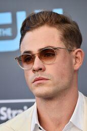 sunglasses,round sunglasses,round frame glasses,ombre glasses,brown glasses,dacre montgomery
