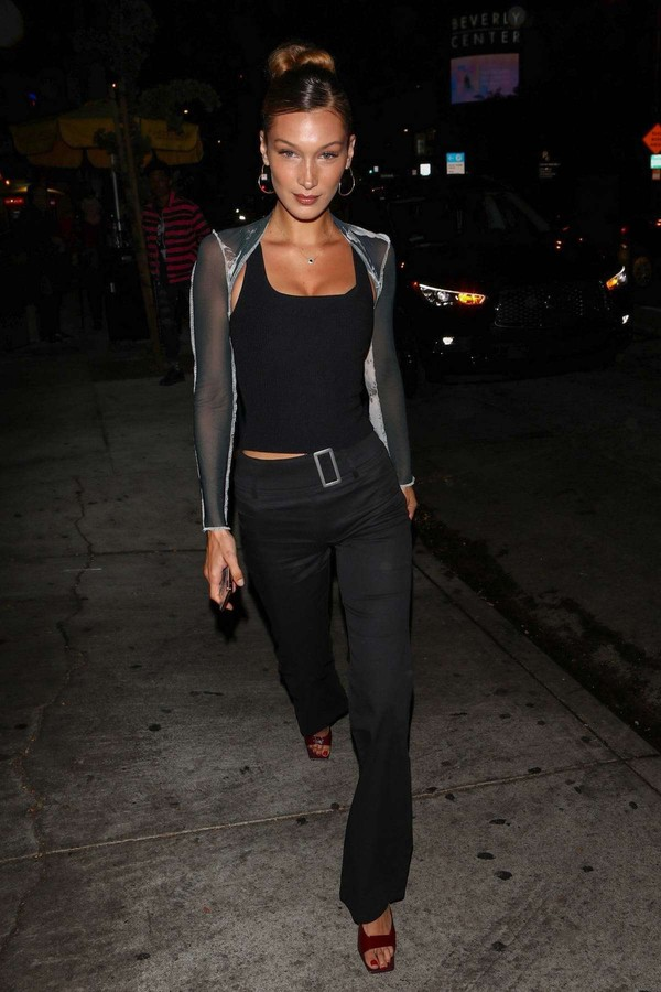 top tank top pants celebrity bella hadid model off-duty all black everything