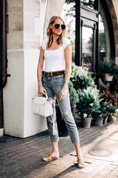 fashionjackson,blogger,jeans,shoes,belt,bag,sunglasses,sandals,gucci belts,white bag