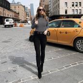 jeans,black skinny jeans,high waisted jeans,black boots,ankle boots,black belt,black bag,turtleneck,stripes