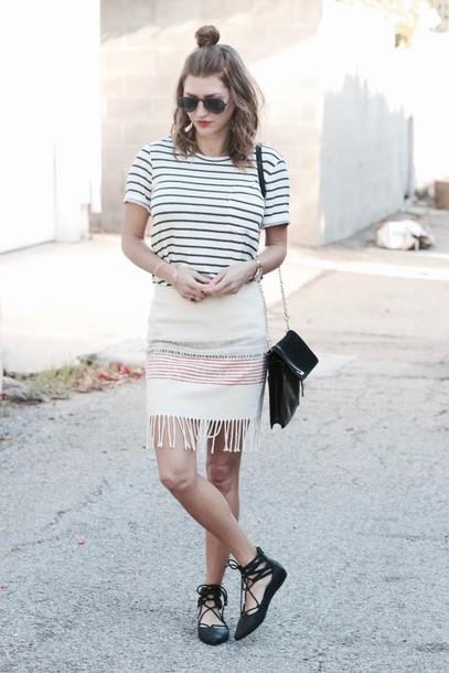 ashlee frazier blogger shirt skirt shoes bag sunglasses jewels make-up