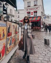skirt,midi skirt,high waisted skirt,grey skirt,knee high boots,black boots,shoulder bag,plaid blazer,white t-shirt,headband,plaid,jacket,handbag,beret