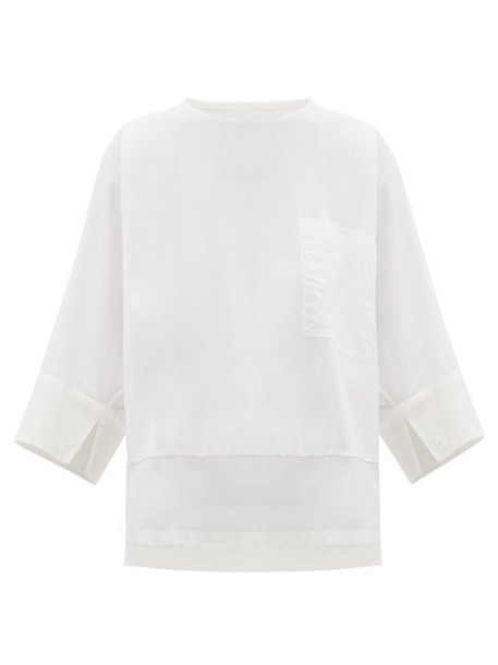 Issey Miyake - Patch Pocket Cotton Blend T Shirt - Womens - White
