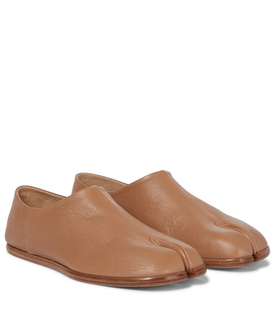 Maison Margiela Tabi leather loafers in brown