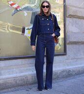 jeans,high waisted jeans,wide-leg pants,denim jacket,pumps,bag