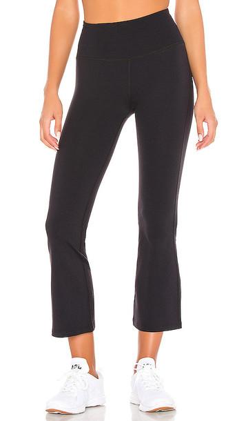 Splits59 Raquel High Waist Crop Legging in Black