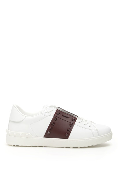 Valentino Rockstud Untitled Sneakers in bianco